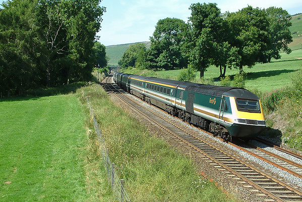 43009 and 43005, Earles Sidings 15/7/2003