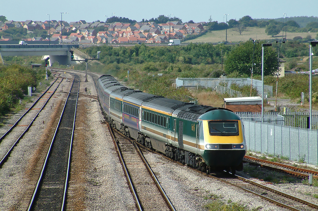 43145 and 43142, Severn Tunnel Junction 12/9/2003