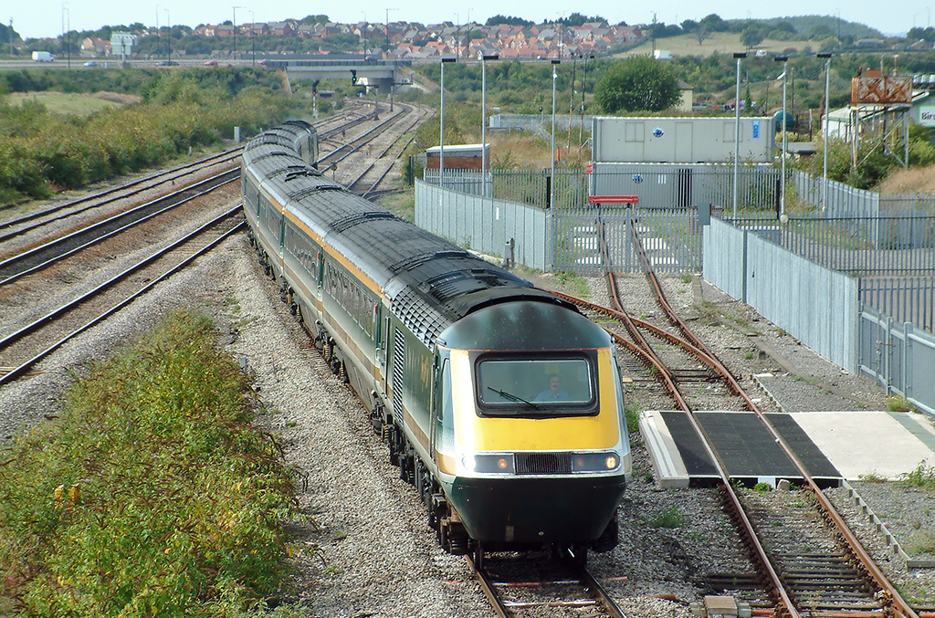 43132 and 43004, Severn Tunnel Junction 12/9/2003