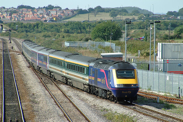 43016 and 43003, Severn Tunnel Junction 12/9/2003