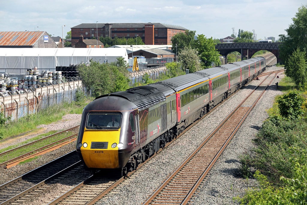 43378 and 43285, Burton upon Trent 15/5/2014<br /> 1V50 0606 Edinburgh-Plymouth