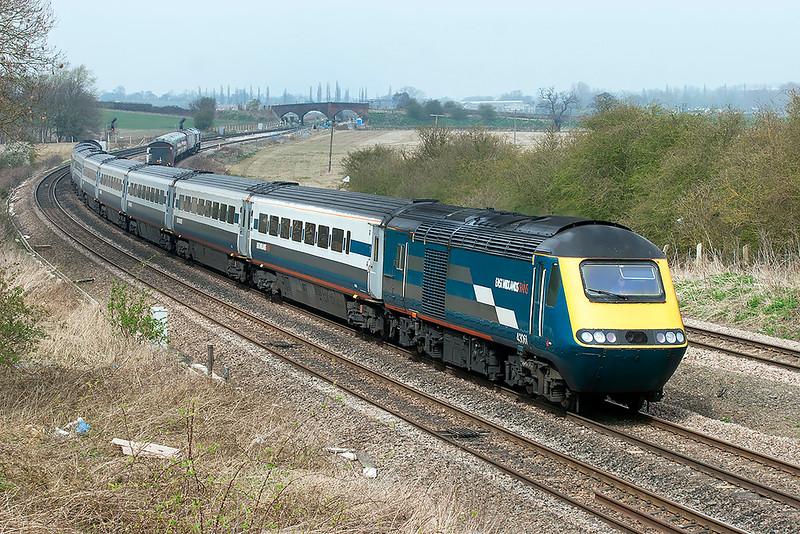 43061 and 43082, Wellingborough 3/4/2009<br /> 1B43 1228 Nottingham-London St Pancras