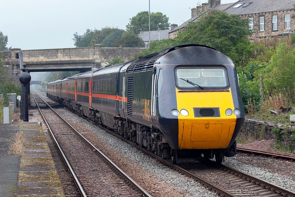 43106 and 43109, Haltwhistle 23/9/2006<br /> 1F62 0840 Edinburgh-Newcastle