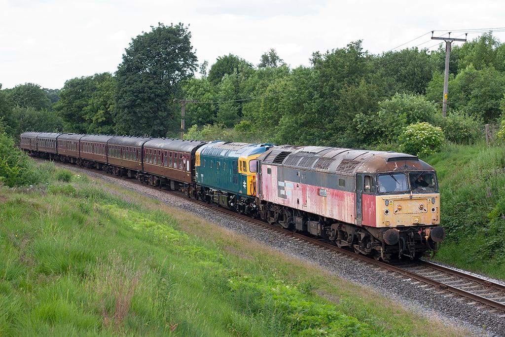 47765 and 33109, Burrs 2/7/2010<br /> 2J84 1616 Rawtenstall-Heywood