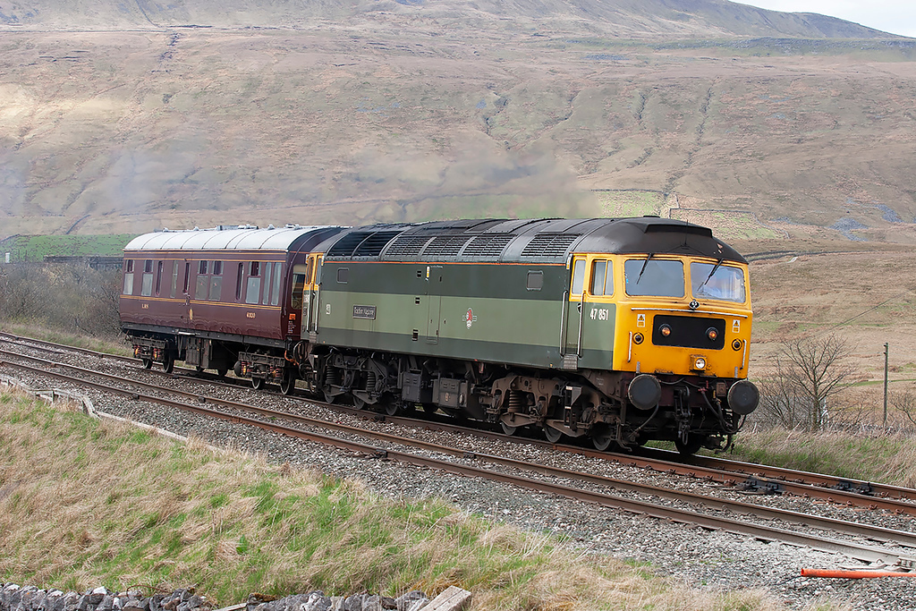 47851 Ribblehead 28/4/2006<br /> 2Z38 1315 Carlisle-Preston