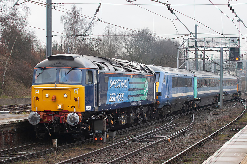 47805 and 47802, Norwich 12/4/2013<br /> 2P05 0656 Great Yarmouth-Norwich