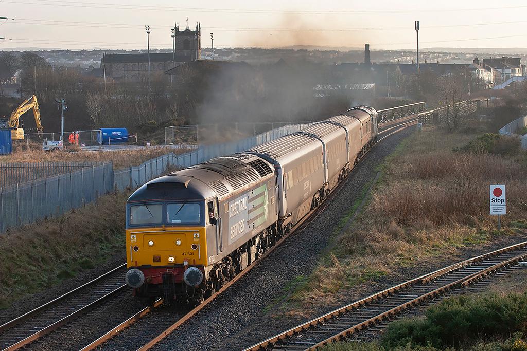 47501 and 37610, Derwent Junction 10/12/2009<br /> 2T32 1445 Workington-Maryport