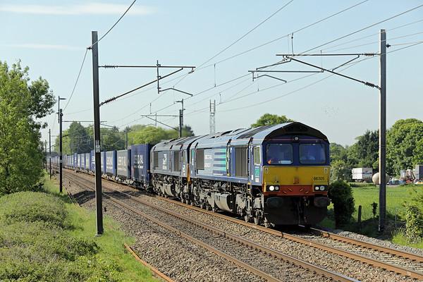 66305 and 66421, Brock 10/6/2015 6C02 0422 Basford Hall-Carlisle Yard