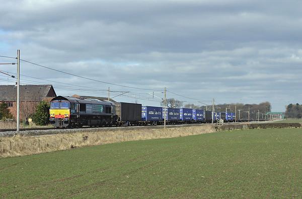66407 Brock 8/3/2005 4M44 0832 Mossend-Daventry