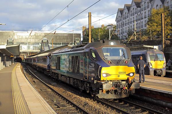 68005 Haymarket 9/10/2017 2L69 1717 Edinburgh-Cardenden