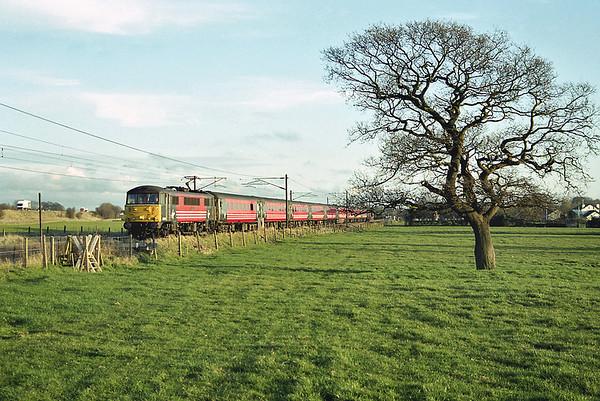 86245 Brock 3/4/2003 1C20 1525 London Euston-Carlisle
