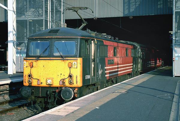 87006 London Euston 4/8/2004