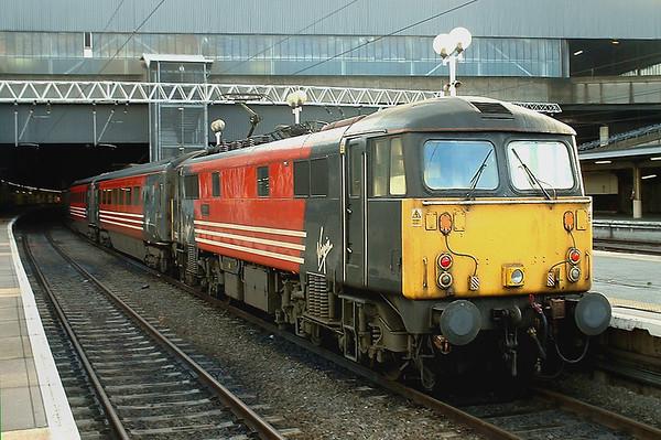 87003 London Euston 8/1/2004