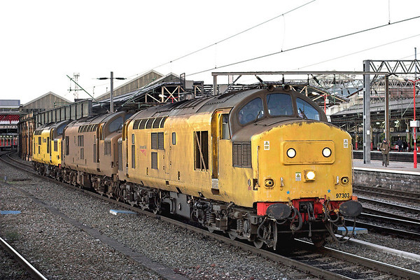 97303, 97302 and 97304, Crewe 28/11/2012 0Z97 1600 Crewe IEMD-Bescot