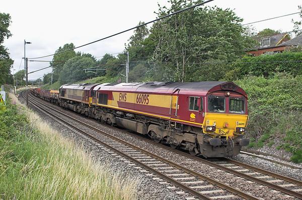 66095 and 66222, Barton 12/7/2006 6K05 1328 Carlisle Yard-Basford Hall