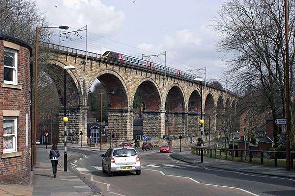 220021 Durham 7/4/2013 1V58 1008 Edinburgh-Penzance