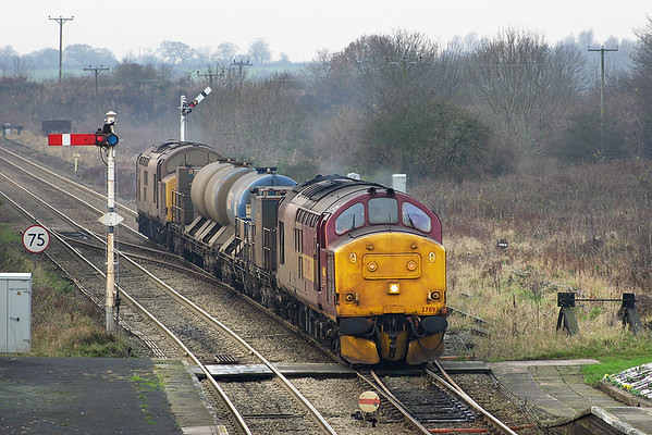 37893 and 37712, Helsby 9/12/2004