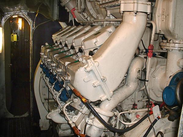 43062, B Bank of Engine 24/10/2004
