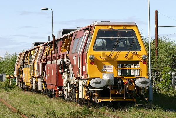 DR73239 and DR73248, Carnforth 9/5/2005