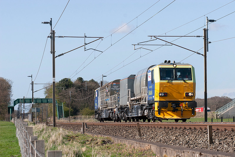 DR93958 and DR93908, Brock 23/4/2008<br /> 6Z07 1629 Carnforth BES-Guide Bridge