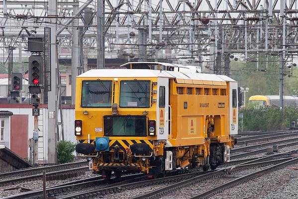 DR73924 Crewe 28/4/2009