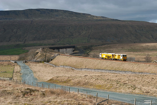 DR73929 Ribblehead 26/2/2007 6J40 0830 Carlisle Upperby-Rugby