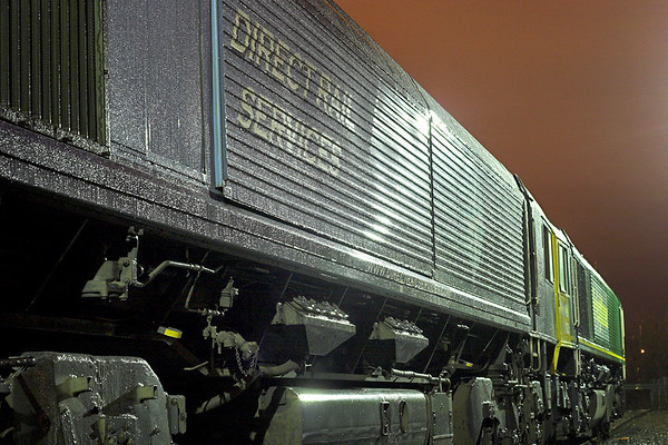 Dew on a duo of Class 66's, Carlisle 13/11/2007
