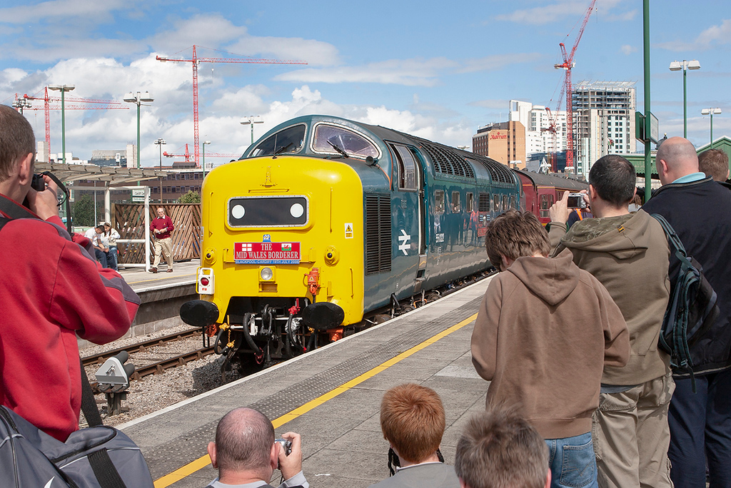 Enthusiasts photographing 55022 at Cardiff Central, 19/7/2008