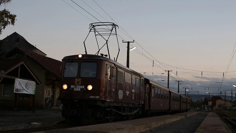 AUSTRIA: Mariazellerbahn 1099 007 Ober Grafendorf 17/10/2013