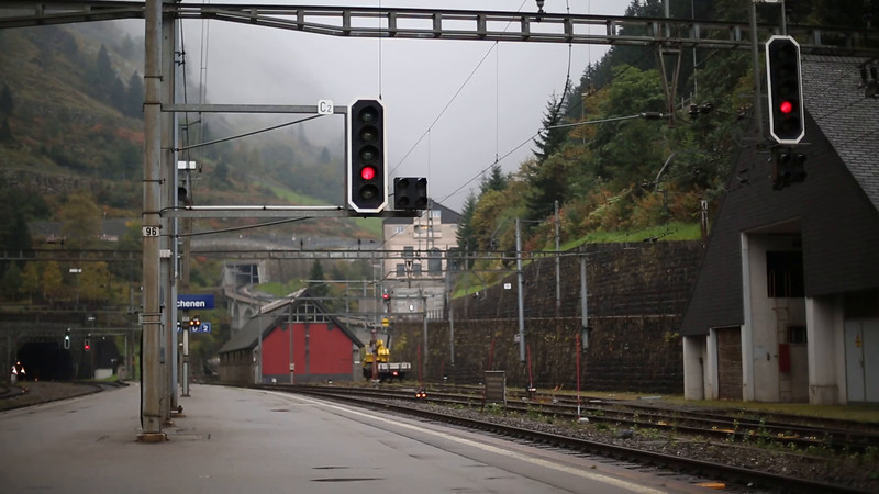 SWITZERLAND: 11157 Göschenen 30/9/2014, IR2284 1647 Locarno-Zürich HB
