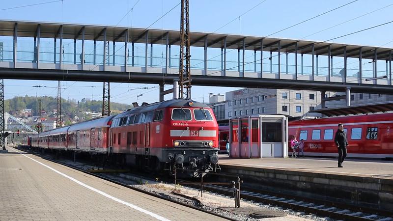 GERMANY: 218476 departing Ulm Hbf with RE22621 Radexpress Bodensee 0905 Ulm Hbf-Friedrichshafen Stadt
