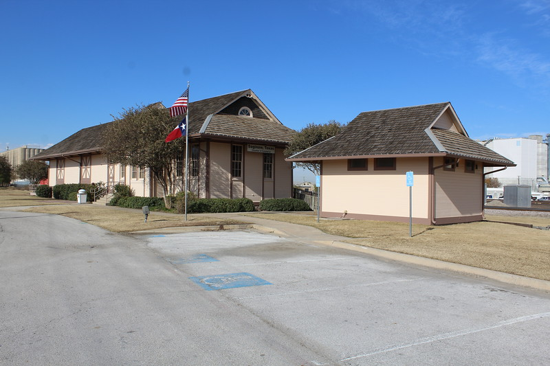 Saginaw Chamber of Commerce building, Texas