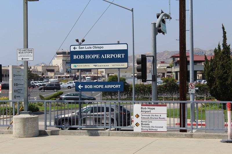 Metrolink Bob Hope Airport Station (South), Burbank