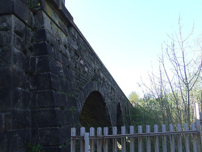 Looking at the Gryffe Viaduct just to the west of Bridge Of Weir station, looking towards Kilmacolm