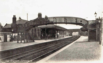 Johnstone The station remains open, and the station house still stands. Renamed Johnstone High 1955-1962 Glasgow, Paisley, Kilmarnock & Ayr Railway Opened 1840 (Glasgow & South Western Railway 1850 - 1923 LMS 1923 - 1947 British Railways 1948)