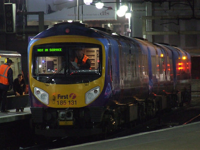 185131 at P5 to form the morning First TransPennine Express service to Manchester Airport