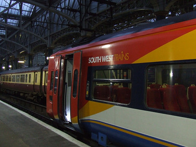 158789 at P9 of Glasgow Central, just arrived from Edinburgh Waverley. The unit is on sub-lease from Northern, having come from South West Trains