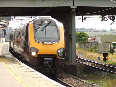 221130 drifting through Berwick Upon Tweed with a North bound CrossCountry service