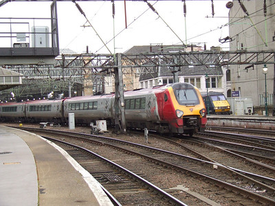 221112 'Ferdinand Magellan' arriving at Glasgow Central with a service from Birmingham New Street