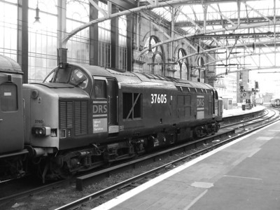 37605 at Glasgow Central. This was one of the engines that powered service 1Z92, the NMT service from Liverpool to Manchester via Glasgow