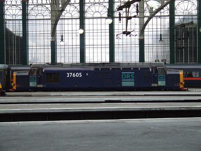 37605 at rest at Platform 2