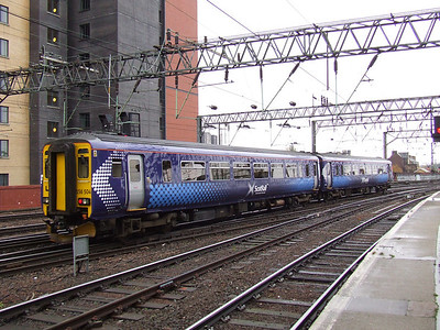 156504 departs Glasgow Central on a working to Kilmarnock