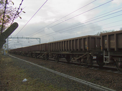 Box wagons at Elderslie waiting to be filled with spoil
