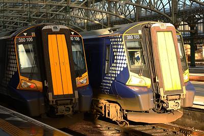 380106 380103 Glasgow Central (High Level) Glasgow 02/01/2015