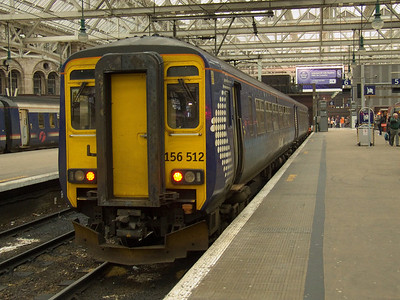 156512 at P6 of Glasgow Central