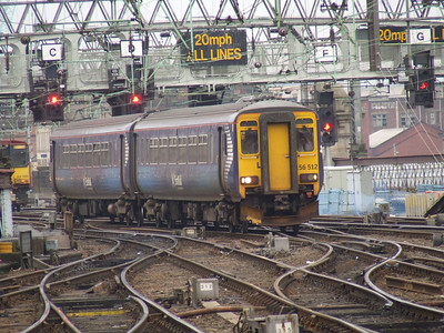 156512 on approach to Glasgow Central