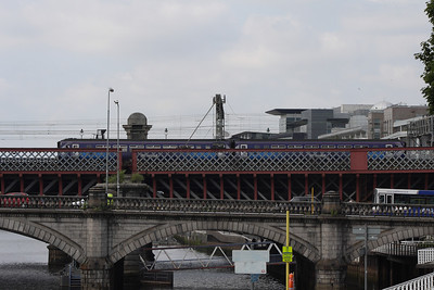 156509 crosses Clyde Viaduct