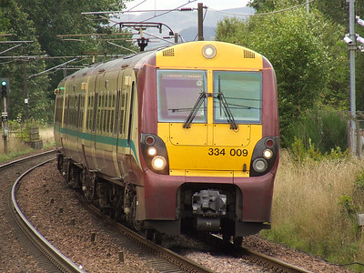 334009 drawing into Johnstone on a service to Glasgow Central