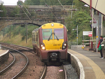 334031 drawing into Johnstone on a service to Largs