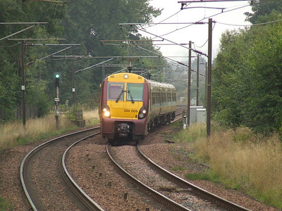 334009 about to draw into Johnstone on a service to Glasgow Central
